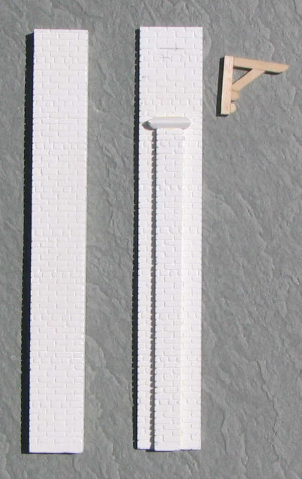 Rear wall pilasters.