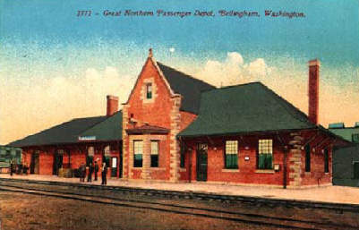 Vintage postcard of Great Northern passinger depot in Bellingham, Washington.
