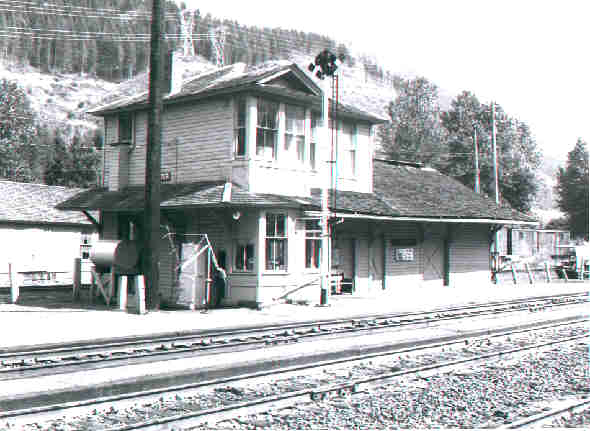 NP Depot, Lester, Washington..